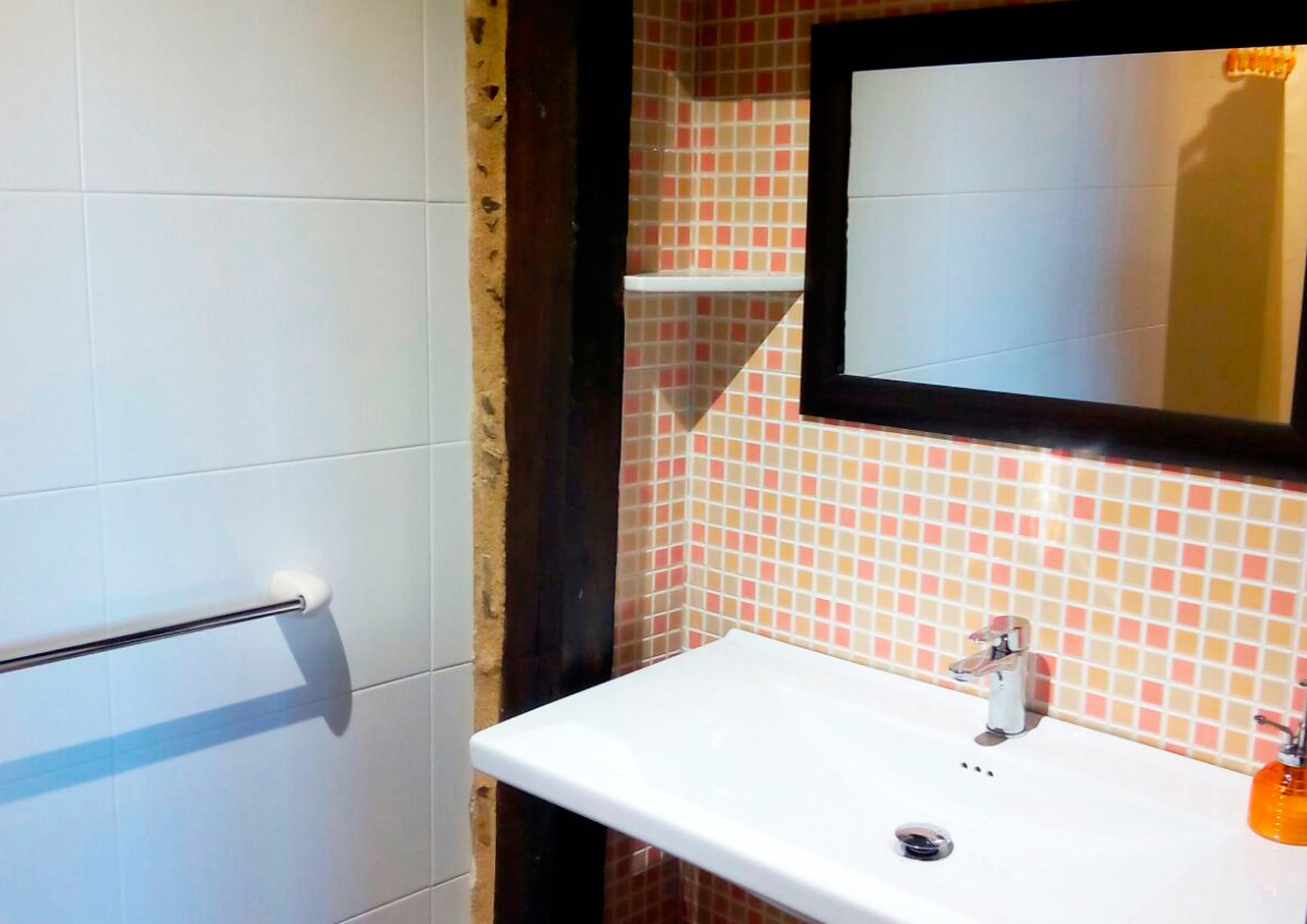 Baño apartamento Eduardo Pondal